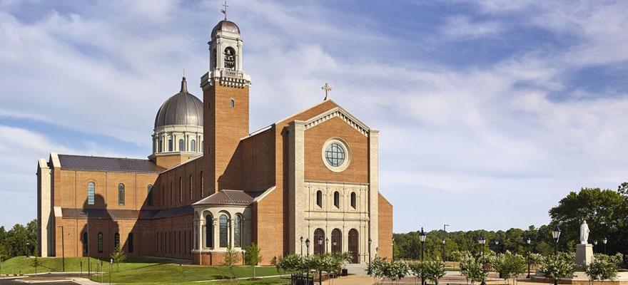 تصميم الكنائس و دور العبادة