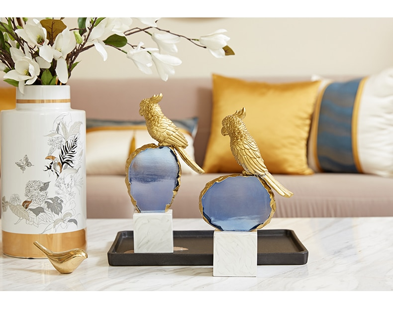Nordic Gold Parrot Stands On Marble Texture Resin Base Statue Ornaments Home Decoration Accessories Gift Mascot Animal Sculpture