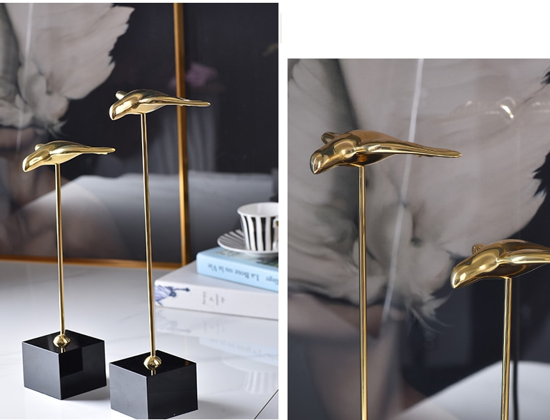Modern Gold Metal Abstract Flying Swallows Statue Home Decor Crafts Room Decoration Objects Office Black CrystalBase Figurines