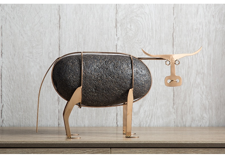 Home Room Decoration Accessories Abstract Metal Frame Bull Ornament Cattle Office Desk Decorative Ornament Accessories Gift