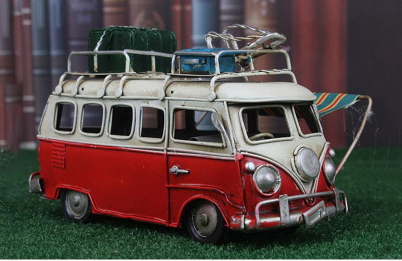 Home Decoration Classic Metal Bus Model Ornaments Antique Bus Figurines Metal Crafts Photography Props Kids Toys Birthday Gifts