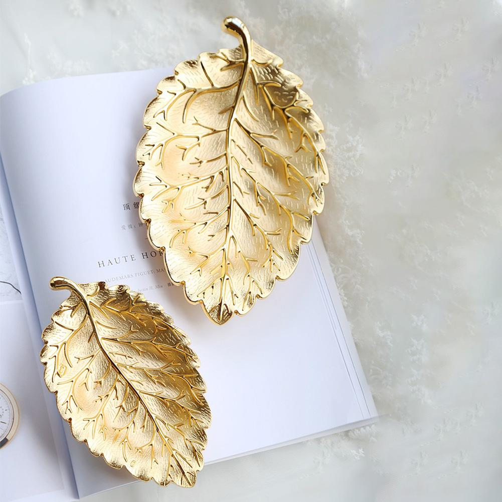 Metal Dried Fruit Plate Leaf Shape Plate Necklace Jewelry Display Tray Crafts Jewelry Organizer Nordic Style Tabletop Decoration