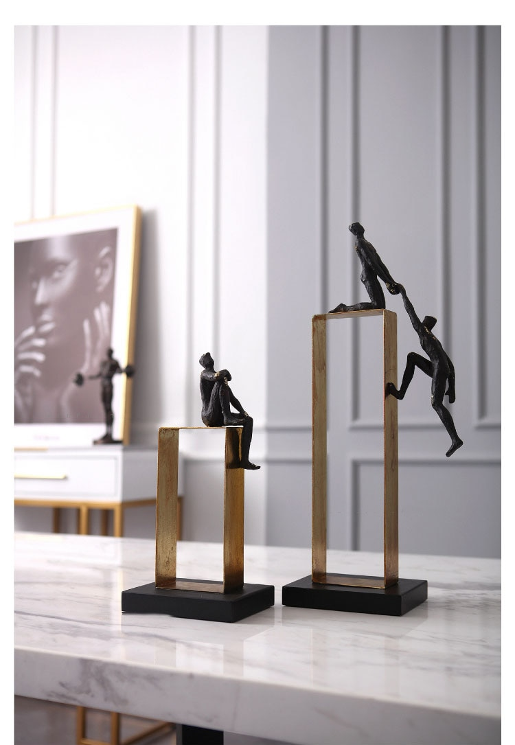 Home Decor Accessories Two Men Holding Hands Parkour Figurine Living Room Ornament Objects Resin Thinking Character Sculpture
