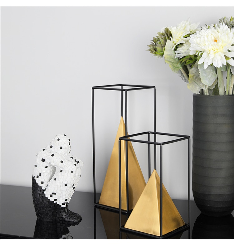 Modern Gold Geometric Pyramid With Black Metal Rectangle Frame Statue Ornament For Home Office Desk Decor Ornament Accessories
