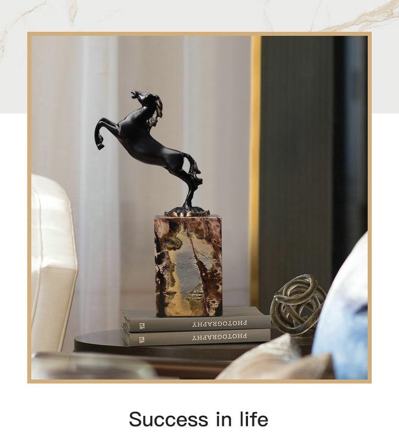Black Running Horse Statue Black Metal Art Craft Marble Base Postmodern Wine Cabinet Ornaments Decoration Sculpture Home Gift