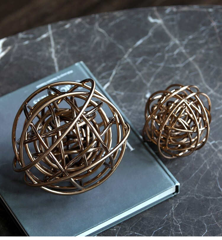 18 cm Diameter Wound Metal Ball Figurines Ornament Home Decor Creative Abstract Metal Crafts Home Decor Accessories Wedding Gift