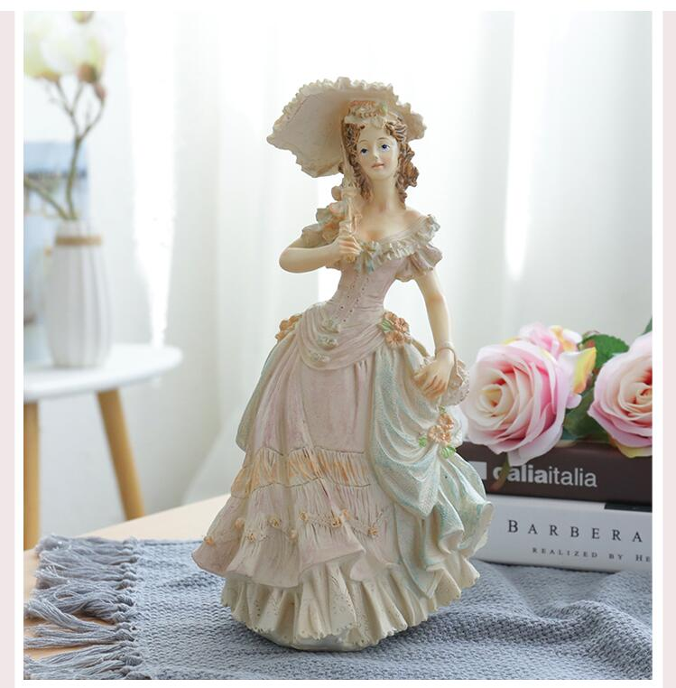 Europe Victorian Girl Statue Fashion Character Beauty Figurines Resin Crafts Wedding Gift Creative Home Decoration Ornament Art
