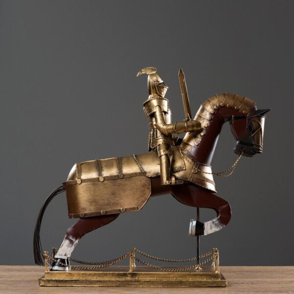 تمثال الفارس الحديدي اكسسوارات منزلية