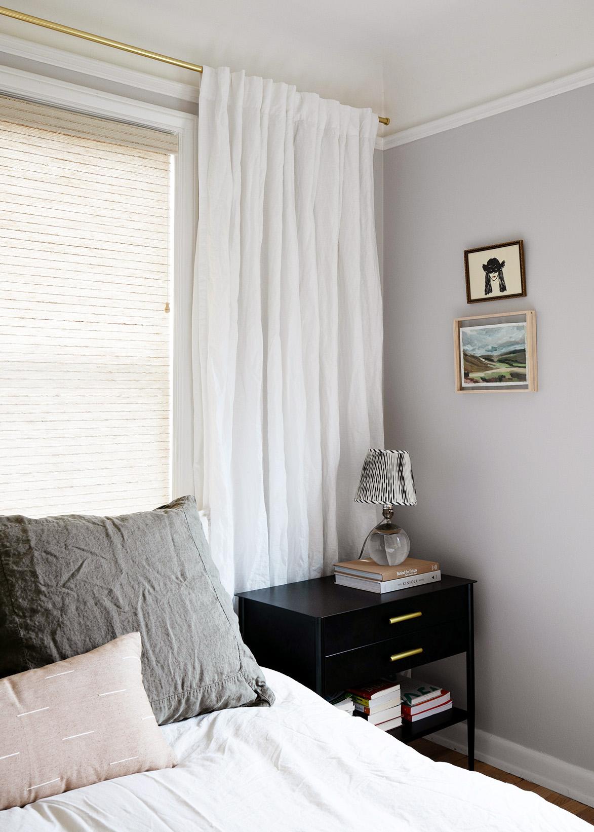 كيفية اختيار ألوان الطلاء لأي غرفة بنيامين مور ليلك هش لون الطلاء غرفة نوم