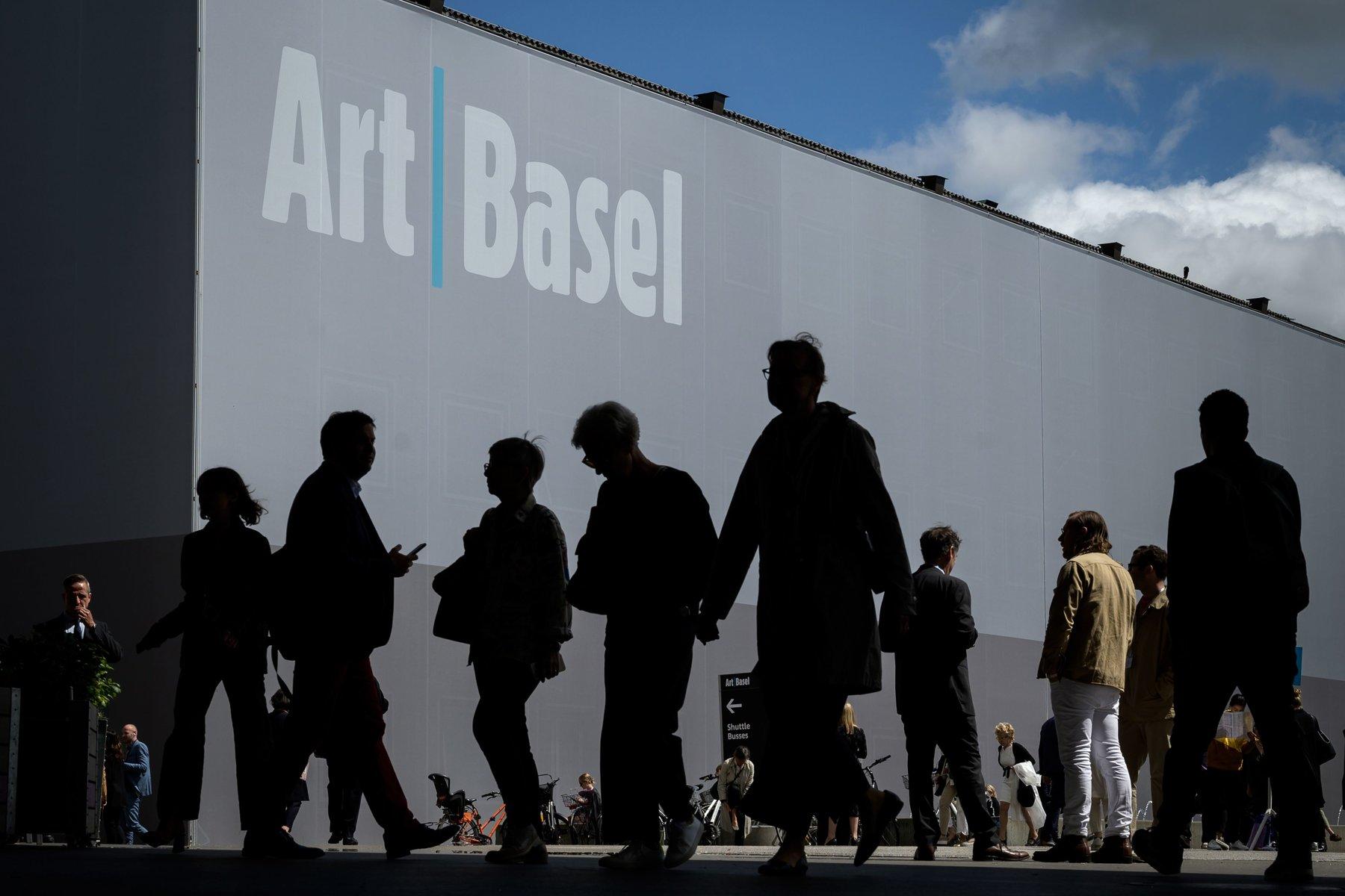 يطلق Art Basel عرضًا افتراضيًا