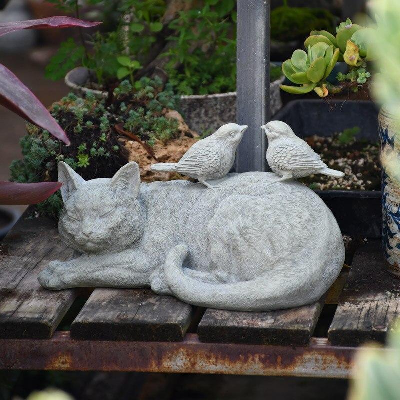 Two Birds Stand On The Sleep Cat Garden Decoration Statue Outdoor Animal Sculpture For Home Jardin Ornament bahce aksesuatlari