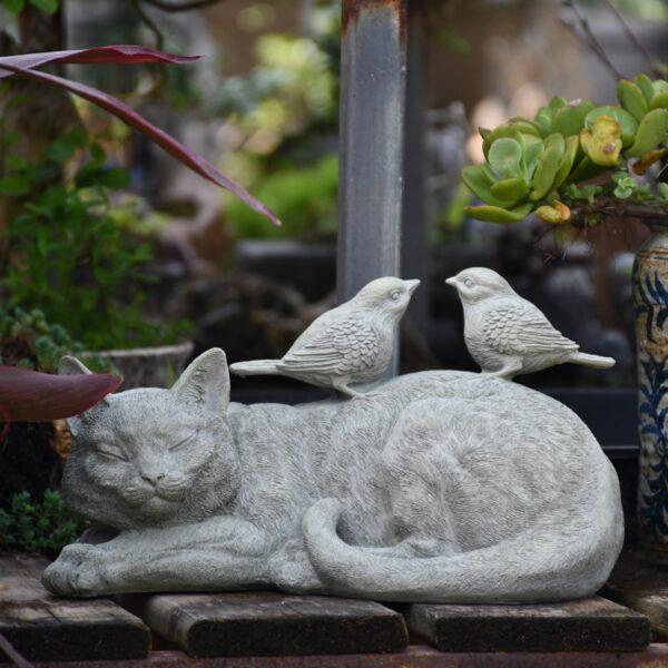 اكسسوارات القطة المستلقية و العصافير اكسسوارات منزلية