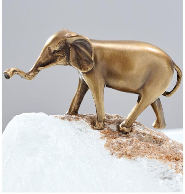 اكسسوار الفيل النحاسية على الصخور اكسسوارات منزلية