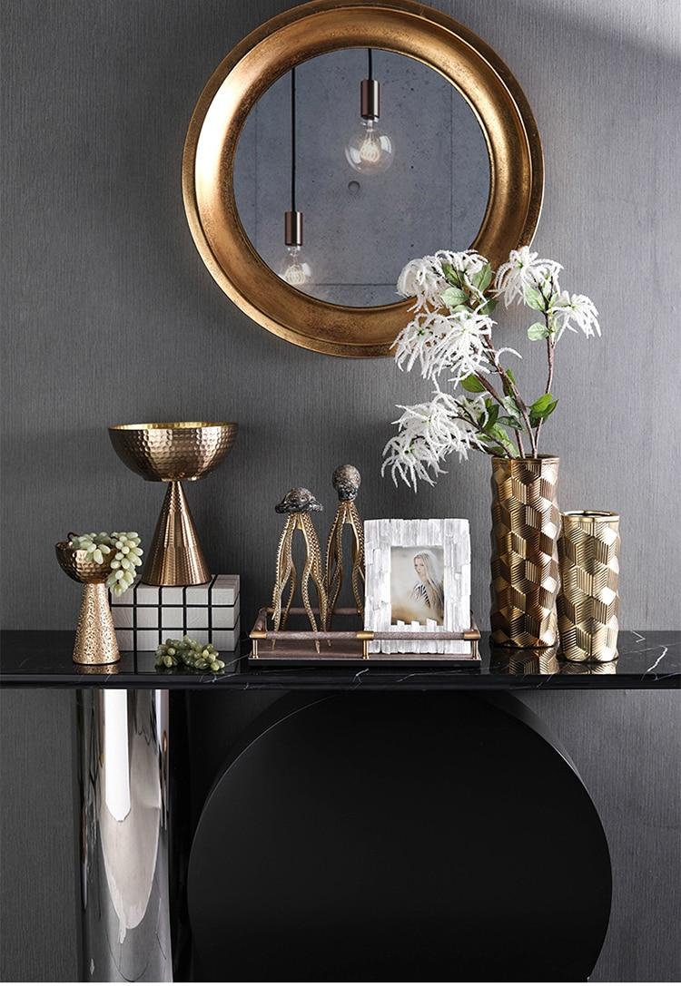 Modern Alien Species Octopus Ormanment Home Resin Art Crafts Living Room Hotel Decor Objects Office adornos para casa