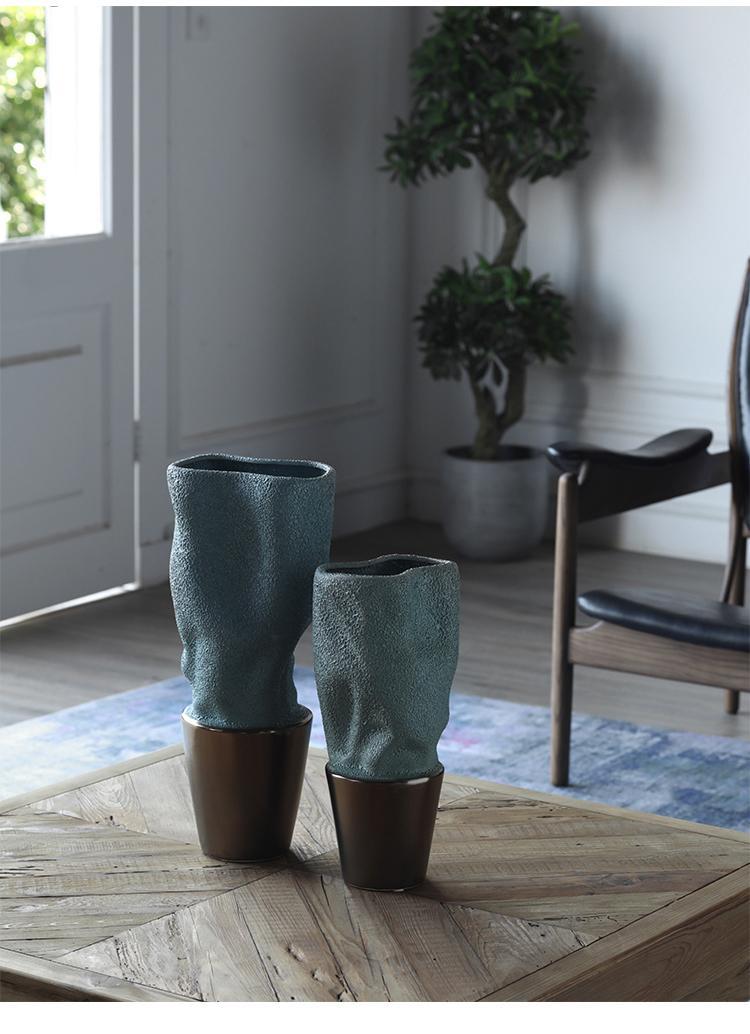 Nordic Creative Blue Ceramic Vase Morandi Living Room Flower Arrangement Porcelain Table Decor Dried Flower Vase Decor Ornament