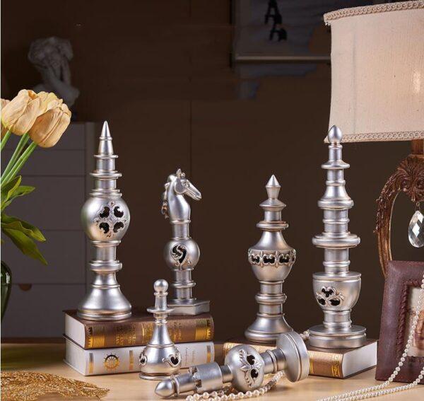 تماثيل احجار الشطرنج مرصعة بالحلي ديكور و اكسسوارات