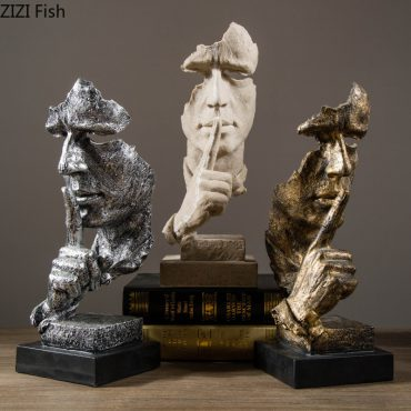 Hollow Out Resin Ornament Silence Is Golden Desk Decor Human Face Statue Horse Head with Base Home Decoration Accessories Modern اكسسوارات منزلية