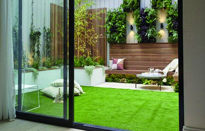 تنسيق الحدائق: كيف تزين مساحة خارجية صغيرة؟