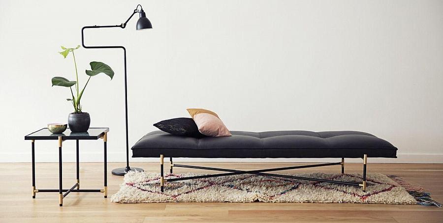 الأريكة في الداخل من غرفة النوم وغرفة المعيشة – أريكة مزخرفة في الداخل الحديث
