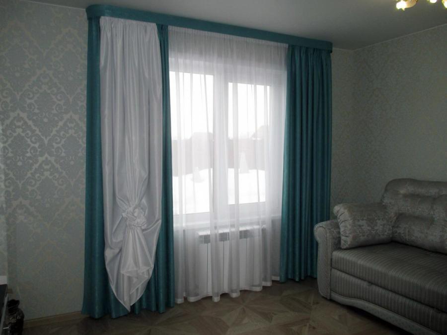 تركيب الستائر إذا لم تكن النافذة في المنتصف