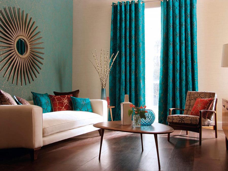 مرآة الشمس في غرفة المعيشة الداخلية الحديثة