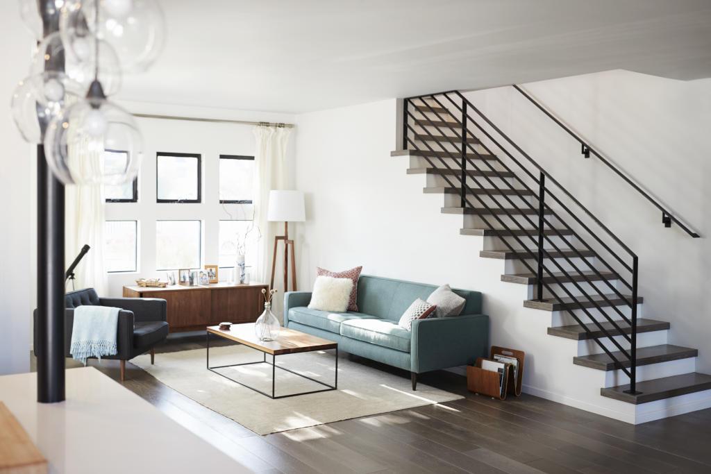 أفكار ديكور السلالم الداخلية للمنزل