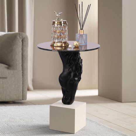 طاولة رأس الخيل مفروشات