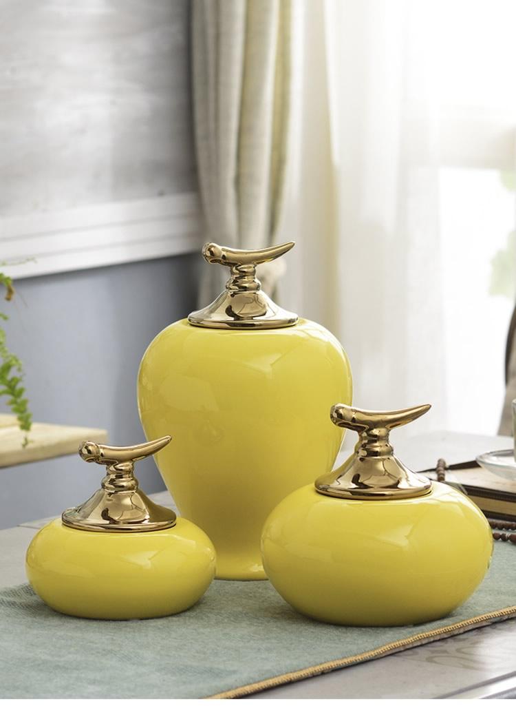 luxurious Yellow ceramic Creative storage jar home decor crafts room decoration porcelain figurine vintage Decorative cans gifts