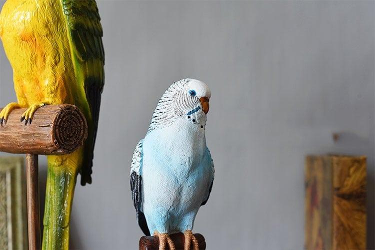 Retro Green Parrot Sculpture Resin Animal Blue Bird Statue Decor For Home Room Gift Ornament adornos para casa decoracion sala