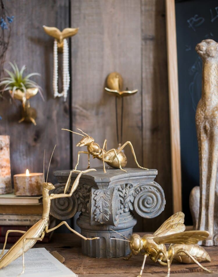 Home Room Decoration Accessories Giant Insect Resin Crafts Bee Mantis Ant Art Golden Neoclassical Sculpture Ornament Statue Gift