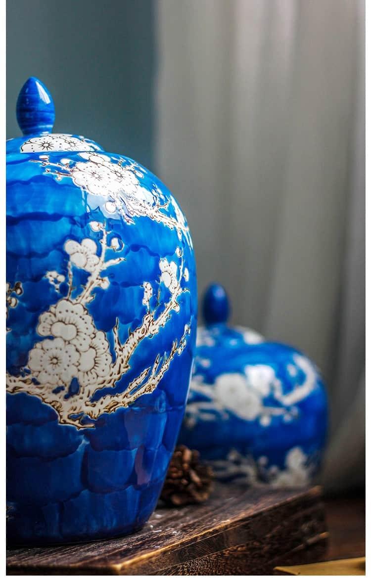 Ceramic Plum blossom Pattern Vase Antique Blue And White Porcelain Floral Arrangement Vintage Home Decor Crafts Storage Jar
