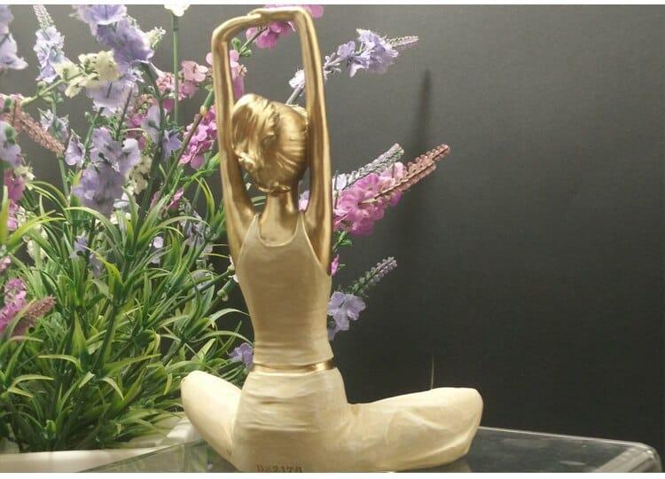 Home Decoration Kawaii Yoga Figurine Modern Resin Home Sculpture Dolls Resin Yoga Beauty Girls Wedding Crafts Art Collection