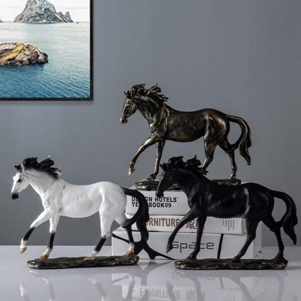 تمثال حصان العرب الأصيل
