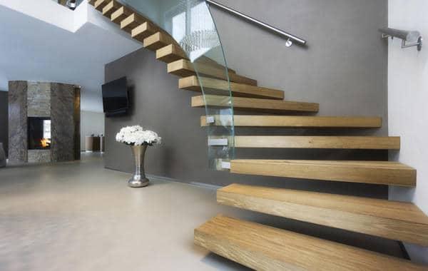 7 طرق جذابة لتزيين السلالم الداخلية
